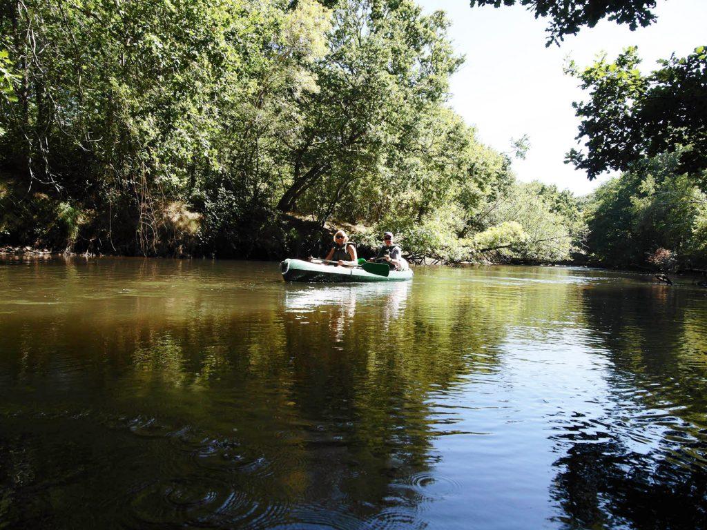 À deux sur un canoë